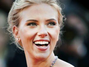 scarlett johansson cosmetic dentistry smiles